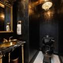 Черно-златна баня