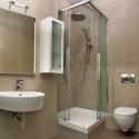 Душ кабина с корито – компактният избор за малката баня